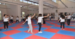 Yaz Spor Okulları'ndan 7 bin öğrenci faydalanıyor
