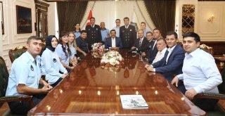 Zabıtalardan Başkan Atilla'ya ziyaret
