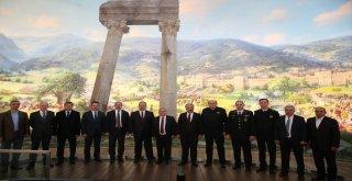 Fetih Müzesi, 7 İlin Valisini Ağırladı