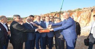 Belediyemiz tarafından yapılan yatırımların açılış ve temel atma törenleri