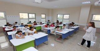 Bilgi Evleri'nde Anne- Babalar İçin Eğitim Dönemi Başlıyor