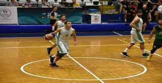 Manisa Büyükşehir Belediyespor Turnuvası Devam Ediyor