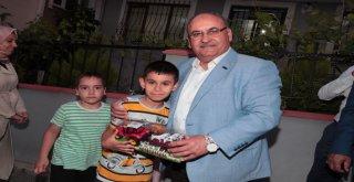 Başkan Hasan Can ve AK Parti Ümraniye İlçe Başkanı Av. Mahmut Eminmollaoğlu AK Parti Adem Yavuz Mahalle Başkanı Dursun Karaboğa'nın Babası İçin Geçmiş Olsun Ziyaretinde Bulundu