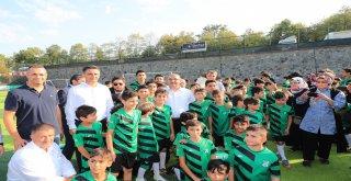 Başkan Hasan Can Ümraniye Belediyesinin Katkılarıyla Yenilenen Dudullu Spor Tesisleri 2018/2019 Futbol Sezonu Açılışı ve Yaz Futbol Okulu Kapanış Törenine Katıldı