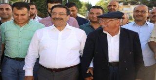 Başkan Atilla ilçeleri ziyaret etmeye devam ediyor