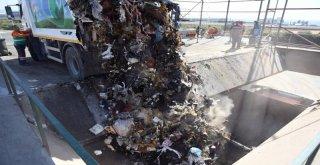 Mersin'in Çöpü Mobil Katı Atık Aktarma İstasyonları İle Taşınıyor