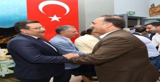Başkan Atilla vatandaşlarla bayramlaştı