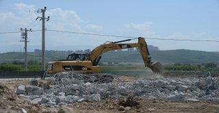 Kaçaktan Temizlenen Arazi Tarıma Açıldı