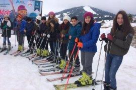 Bursa Büyükşehir  Uludağ'ı öğrencilere açtı