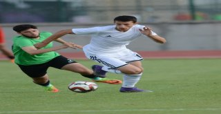 Manisa Büyükşehir Belediyespor'dan Gollü Prova: 3-1