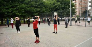 Büyükşehirden vatandaşa eğitmen gözetiminde spor olanağı