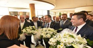 Türk-İş'ten Başkan Aktaş'a tam destek