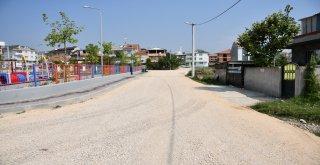 15 Sokakta Sathi Kaplama Çalışmaları Sürüyor