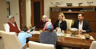 Başkan Karaosmanoğlu, ''Kitap sevdalısı bir nesil istiyoruz''