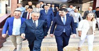 Bakan Kurum'dan Başkan Kocaoğlu'na:
