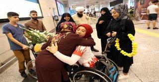Almanya'dan 7 Madalyayla Dönen Altın Kızlar Coşkuyla Karşılandı