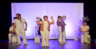 Romeo Juliet, çocuklar için sahnelendi