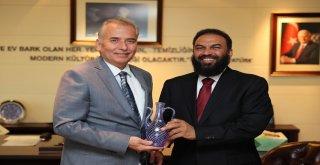 Katarlı heyetten Başkan Osman Zolan'a ziyaret
