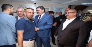 AK Parti Ümraniye İlçe Başkanlığı'nda Bayramlaşma Töreni Yapıldı