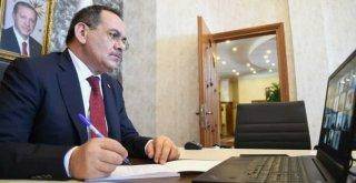 Başkan Demir, gençlerle canlı yayında buluştu