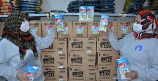 Halk Süt paketleri çocuklarla buluşuyor