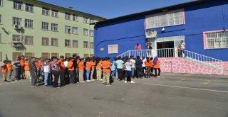 Büyükşehir'den öğrencilere itfaiye eğitimi