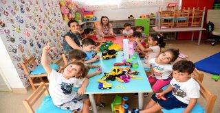 Çocuklar Eğitimle Yoğruluyor, Sanatla, Bilimle Düşlüyor