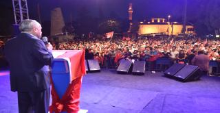 Beşiktaş'ta Milli İrade ve Demokrasi Yürüyüşü!
