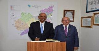 Singapur'un Ankara Büyükelçisi A. Selverajah'tan Ziyaret