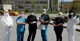 Çankaya'da Sağlık Çalışanı Anneler Unutulmadı