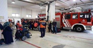 İtfaiye Ekipleri, Görme Engellilere Önemli Uyarılarda Bulundu