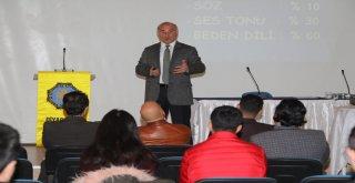 Büyükşehir'den şoför ve seyahat acentelerine iletişim eğitimi