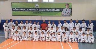 Osmangazili Taekwondocuların Kuşak Heyecanı