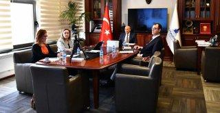 Başkan Soyer Türkiye-Almanya Kardeş Şehirler Konferansı'na katıldı