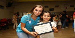 Yaz Okulları'na katılan 1566 çocuğa sertifika