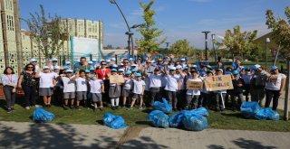 Atatürk Kent Parkı'nda Çöp Toplama Etkinliği