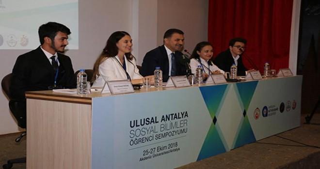 Türkiye'nin gençleri Antalya'da buluştu