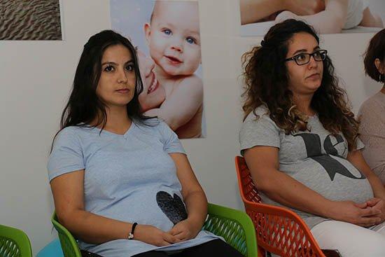 Anne adaylarının rehberi 'Gebe Okulu'