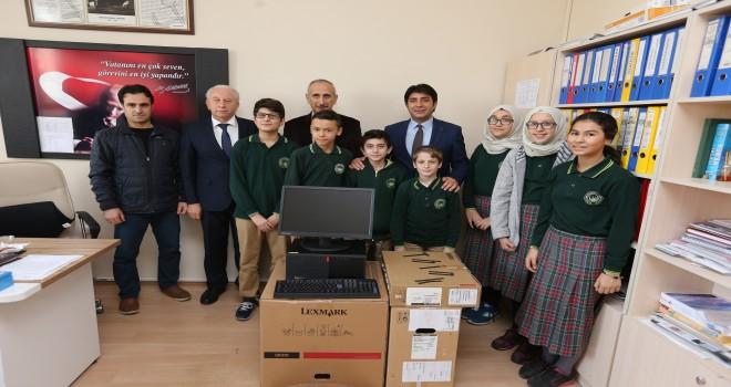 Büyükşehir Belediyesi'nden eğitime teknoloji desteği