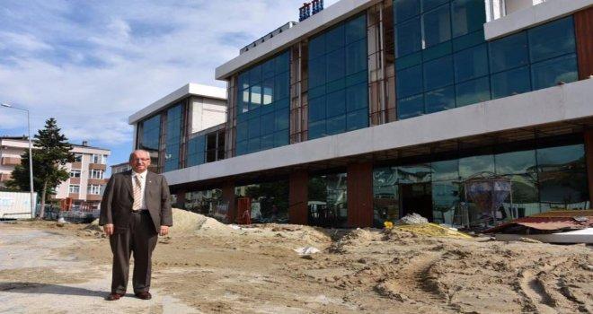 Başkan Albayrak Kapaklı Kültür Merkezi'ndeki Çalışmaları İnceledi