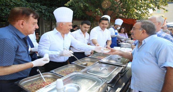 Nilüfer'de 30 bin kişiye aşure ikramı