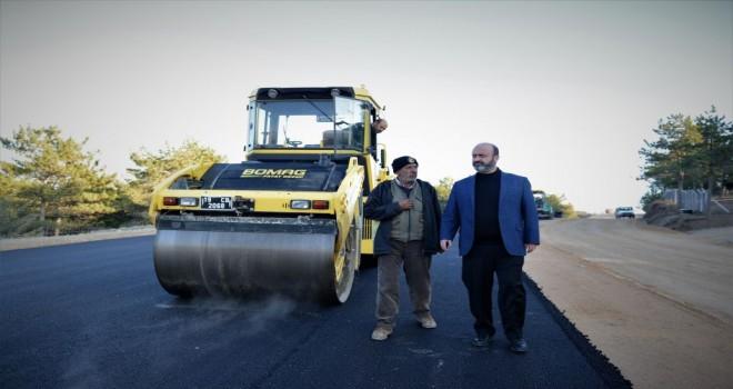 Şehitlik ve Bahabey Çamlığı yolu 25 metreye çıkıyor
