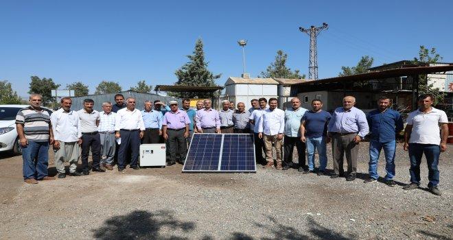 Bal üreticilerine baraka ve güneş enerjisi paneli desteği
