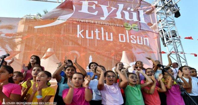 Ne güzeldir bugün İzmir'de olmak!