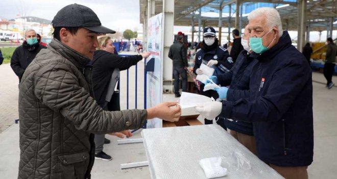 Büyükşehir 661 Bin 635 Adet Ücretsiz Maske Dağıttı