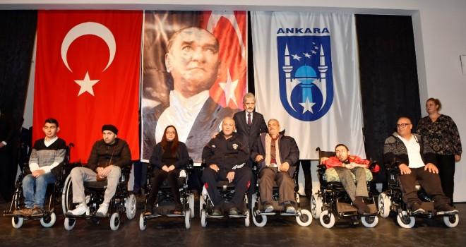 Ankara Büyükşehir'den ,engelli vatandaşlara akülü araç