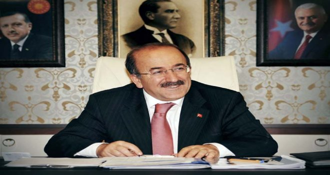 Başkan Gümrükçüoğlu'ndan bayram mesajı