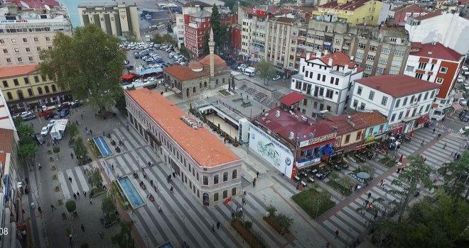 Trabzon, meydanlarına kavuşmaya devam ediyor