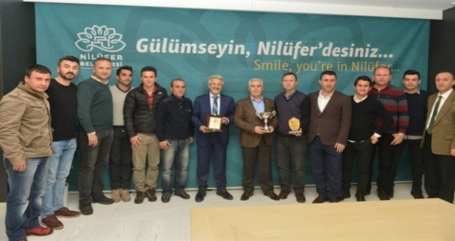 Orhan Can Turnuvası'ndan Nilüfer ekibine ikincilik kupası