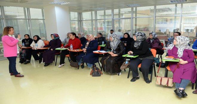 OSMEK'te Eğitimler Başlıyor
